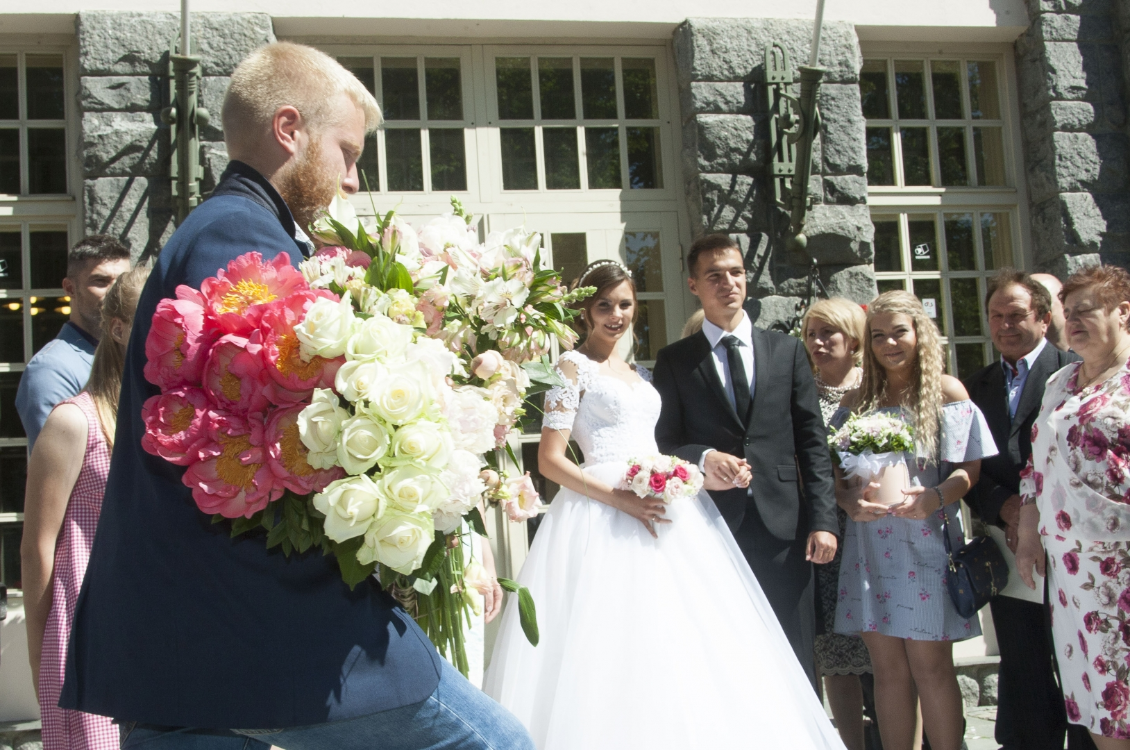 a99fa8342e3 FOTOD! Maagiline 07.07.17 tõi Õnnepaleesse eriti palju noorpaare - Kõik