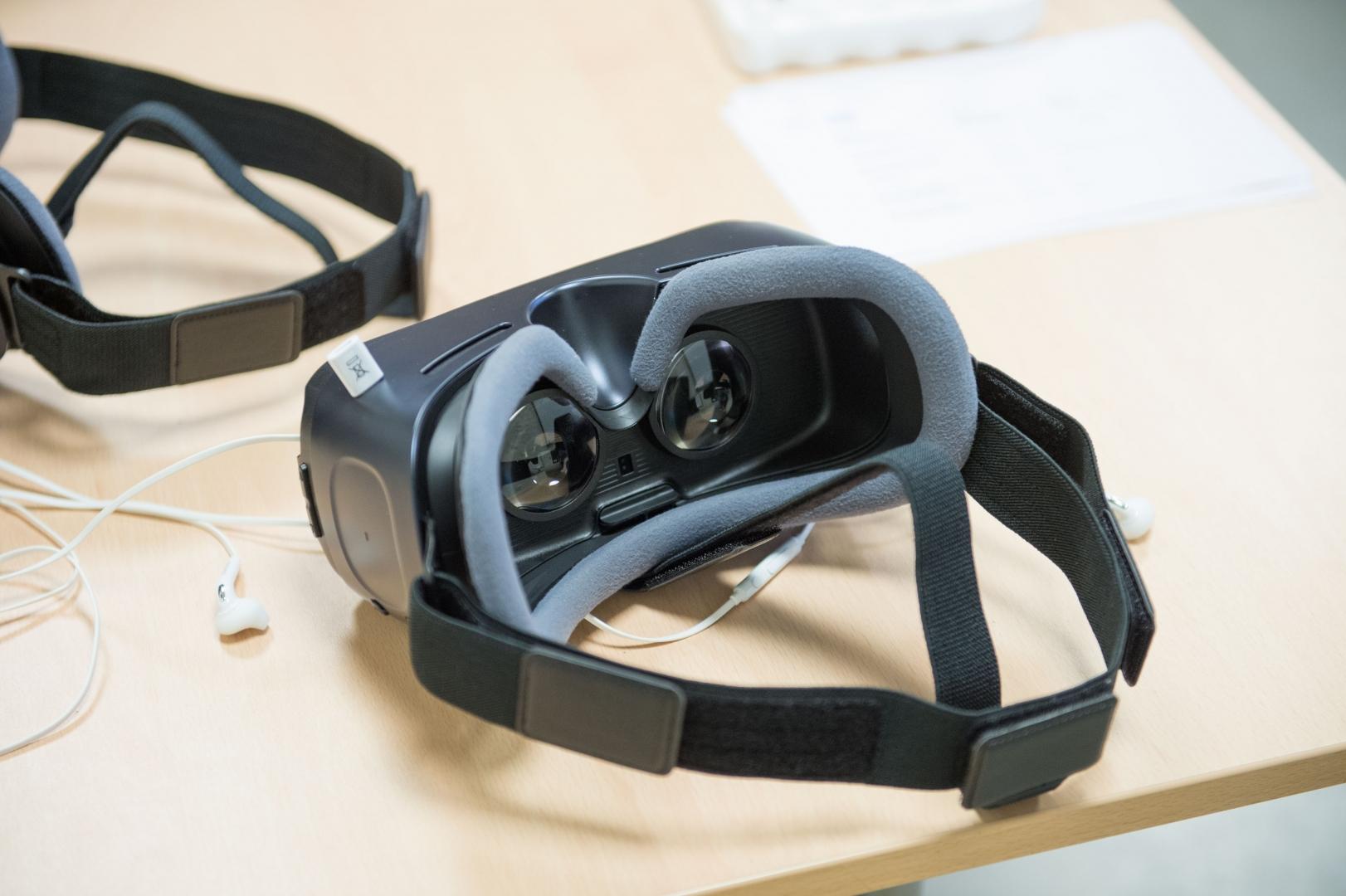 8e3cdfd3fc1 FOTOD JA VIDEO! Virtuaalprillid toovad tulevase elukutse lähemale - Kõik