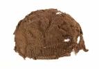 Kootud müts. Silmuskudumine ei olnud hiliskeskajal ainult kodune tegevus - kudumeid valmistasid ka gildidesse koondunud kutselised käsitöölised. Kootud mütse on mehed Euroopas kandnud vähemalt 14. sajandist.jpg