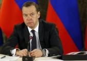 Medvedev kritiseeris palgamaksmisega viivitavaid kohalikke võime