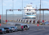 Parvlaev Ionas peatas rikke tõttu sõidud