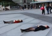 FOTOD! FLÖÖDIMÄNGIJA: tuleme väljakul lebades välja oma mugavustsoonist