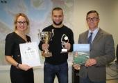 Lasnamäel õnnitleti võitlejat Maksim Vorovskit võidu puhul
