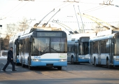 Linlane küsib abilinnapealt: kui tihti ostab linn uusi busse ja kui sageli ühissõidukeid pestakse?