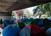Pariisi politsei evakueeris migrantide telklaagri