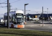 80% KIIDAVAD ÜHISTRANSPORTI: Iga teine sõitja on hakanud bussi, trolli või trammi tihedamini kasutama
