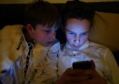 Veerand noortest on mobiiltelefoni tõttu sattunud liiklusohtlikku olukorda
