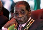 Zimbabwe president Robert Mugabe astus ametlikult tagasi