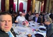 Jüri Ratas istus Pariisi kliimakohtumisel ühes lauas Arnold Schwarzeneggeri ja Bill Gatesiga