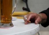 Uus seadus peidab tubakatooted poelettidelt ära ja ei luba e-sigaretti tõmmata suitsetamiseks keelatud kohtades