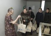 FOTOD! Üksi elavad Põhja-Tallinna pensionärid said täna taas abipakid