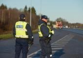 Politsei pidas pidutsenud noortekambast kinni kuus alkoholi tarvitanud alaealist