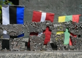 Tallinna Viru ringile tulevad lilledest Balti riikide lipud