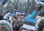 FOTOD! Eesti Vabariigi sünnipäeva algas rahvuslipu heiskamisega Pika Hermanni torni