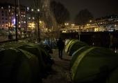 Pariisi linnapea nõuab valitsuselt varjupaika üle 2000 migrandile
