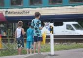 Raudtee turvalise ületamise eest vastutab esmalt ületaja