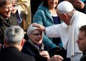 Paavst: vaid tehnoloogiale toetudes võime ilma jääda võimest luua inimestevahelisi sidemeid