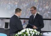 FOTOD! Keskerakond ja Ametiühingute Keskliit sõlmisid koostööleppe