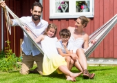 Kolme lapsega pered vajavad suuremat kodu