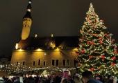 Raekoja platsil avati pidulikult jõuluturg