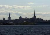 Tugev tuul toob Läänemerele kuni neljameetrised lained