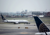 Droon häiris liiklust New Yorgi Newarki lennujaamas