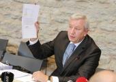 VEB-i LUUKERED: Miks Eesti Pank Vene Vnešekonombanki rahanduskriisi põhjustamise pärast arbitraaži ei kaevanud?