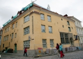 Linnamuuseum näitab Langebrauni imelisi portselannõusid