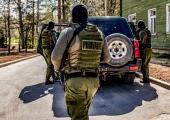 Kahte endist piirivalvebüroo ametnikku kahtlustatakse varguses