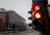Liivalaia/Pronksi/Tartu mnt ristmiku foorid öösel ei tööta