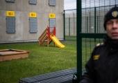 Riik toetab vanglas viibivate emade vanemlike oskuste parandamist 10 000 euroga
