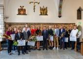 FOTOD JA VIDEO! Linn tunnustas suvel tiitlivõistlustel edukalt esinenud sportlasi