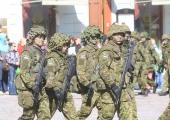 Vähene keeleoskus paneb sõduri õppima