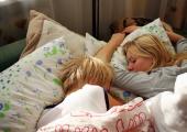 Stress takistab uinumist? Selle nipiga võid unustada unetu voodis vähkremise