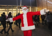 FOTOD! Kristiines süüdati koos jõuluvanaga tuhanded jõuluküünlad