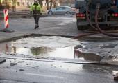 Veeavarii piirab Tallinnas Akadeemia ja Kadaka teel liiklust