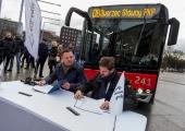 FOTOD JA VIDEO! Esimesed uued keskkonnasõbralikud gaasibussid asuvad sõitjaid teenindama järgmisel suvel