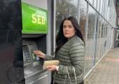 KODULAENUGA PERED JA ETTEVÕTJAD: Miks teevad ajal,  kui kõik kannatavad, vaid pangad endale kasulikke diile?