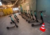 Bolt taasalustab tänasest Tallinnas tõukerataste laenutamist