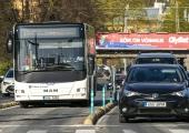 Osades kohtades lubatakse jalgratturitel sõita ühissõidukirajal