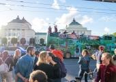 FOTOD! Lexsoul Dancemachine'i kontsert sõitva bussi katusel