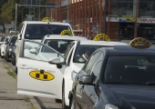 Mupo: heauskne taksojuht sõidutas maksujõuetud kliendid pandimajja