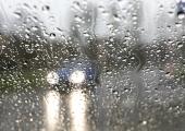 Madalrõhkkond toob esmaspäevaks kohatist vihmasadu