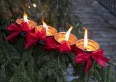 Jõulukuu Lasnamäel algab advendiküünla süütamisega