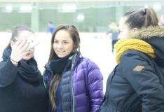 GALERII! Koolilapsed lasid Tondiraba jäähallis uiskudel vastlaliugu