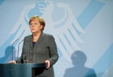 Merkel: Saksamaa peab tõstma tuntavalt kaitsekulutusi
