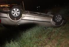 Saaremaal hukkus autost välja paiskunud noor naine