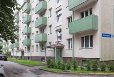 Vabaduse Väljaku fotonäitusel saab näha kauneid korterelamute õuealasid