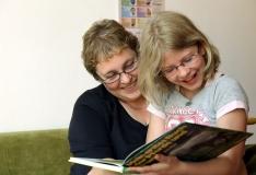 Keskraamatukogu kingib kõigile esimese klassi õpilastele raamatu
