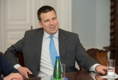 Ratas: Eesti pani tippkohtumisega digitaalse lumepalli veerema